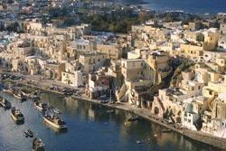 Неаполь – солнечный город Италии