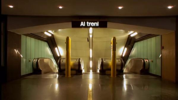 Неаполь метро - станция Policlinico