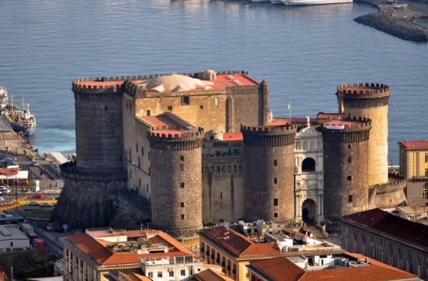 В замке Кастель Нуово открыто здание музея