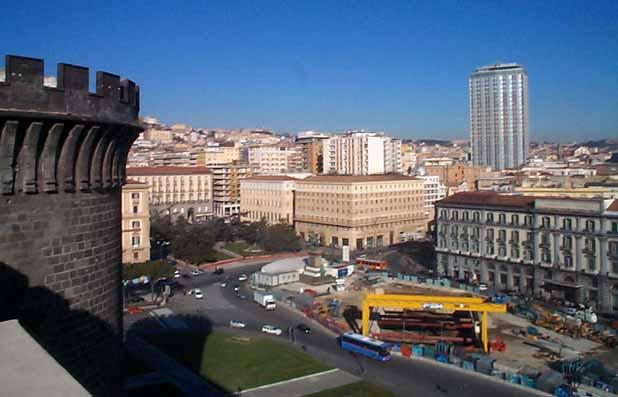 Ратушная плошадь - Piazza Municipio