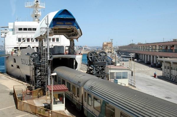 Также добраться до Сицилии можно и на поезде