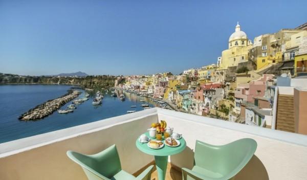 многие отели на острове Прочида остаются недоступными и дорогими