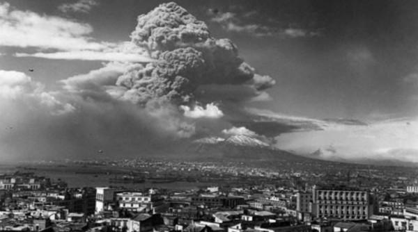 извержение Везувия произошло 18 марта 1944 года