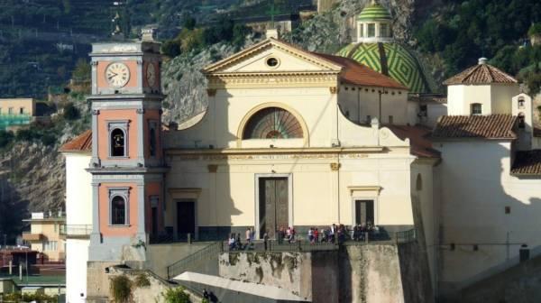 Майори - церковь Санта Мария