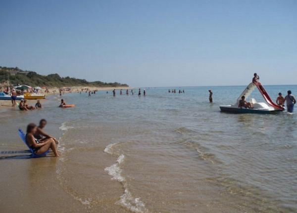 пляжи с золотистым песком Лидо Соварето и Сан-Джорджо
