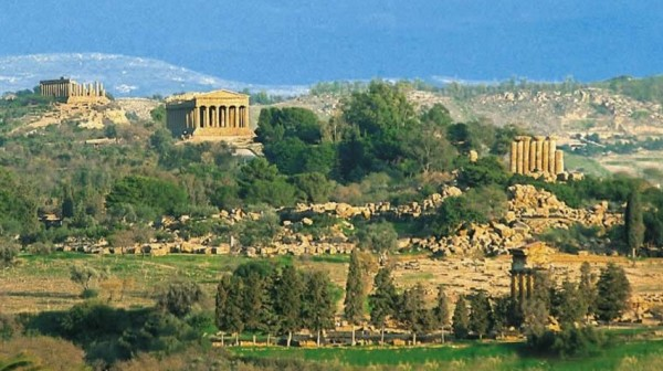долина храмов в городе Сиракузы