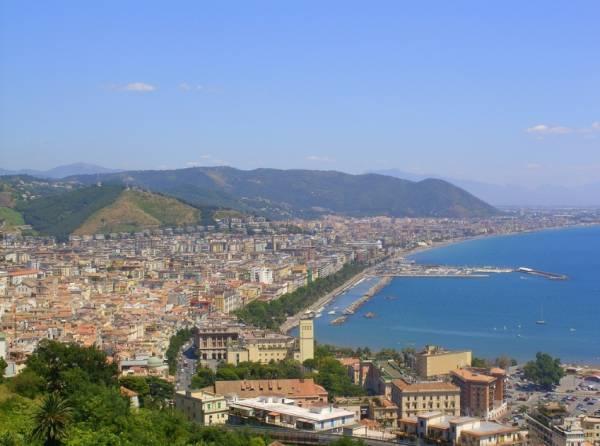 Салерно: город-курорт в южной Италии с древней историей