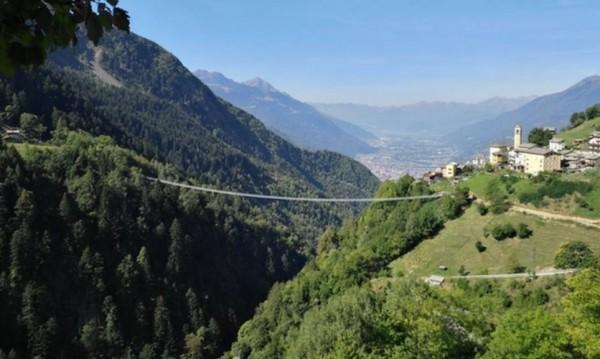 �тальянские Альпы: 22 сентября откроют «Мост в небо» на высоте 1034 ме