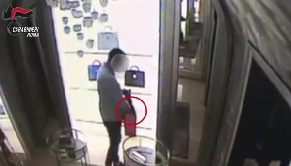 Рим: граждане России обворовали магазины на сумму 60 тысяч евро