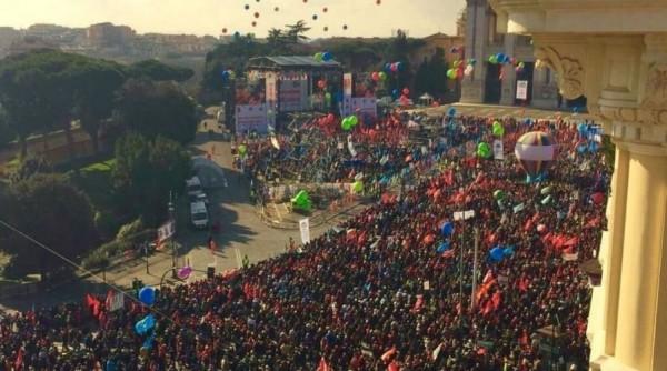Рим: Сотни тысяч итальянцев вышли на антиправительственный протест