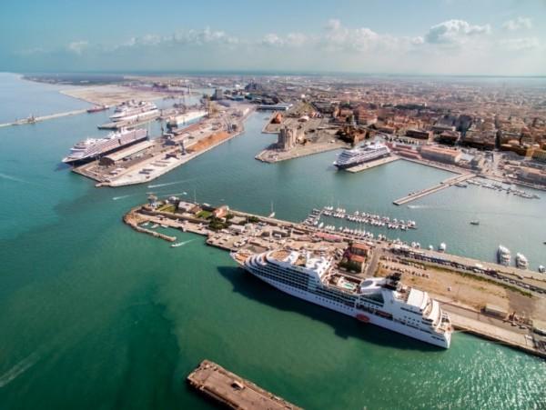 В порту Ливорно полиция конфисковала кокаин
