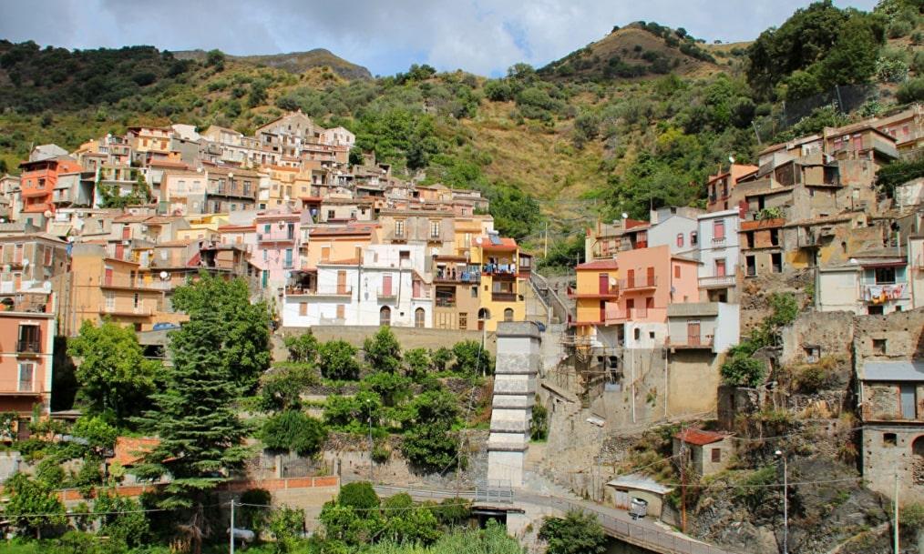 Сицилия жилье можно ли на материнский капитал купить квартиру за границей