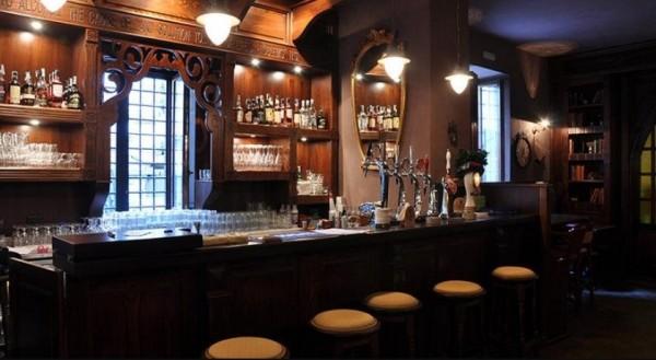 Murphy's Law Pub - Шотландский паб в Неаполе