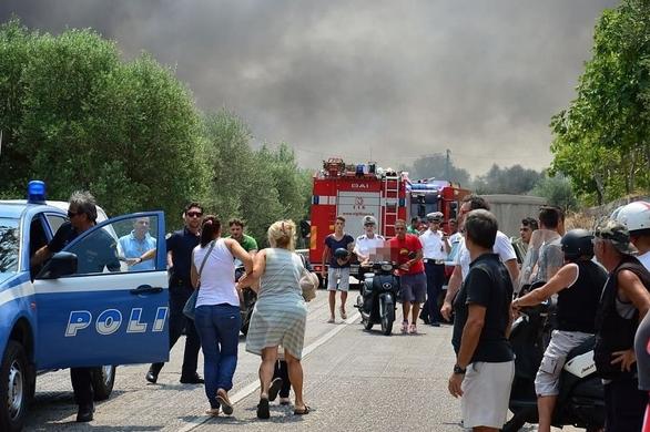 Семь человек погибли и шесть получили ранения в результате взрыва на заводе фейерверков в Бари