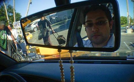 Водители, любящие селфи, вызвали всплеск аварий в Италии