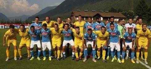 Неаполитанский клуб тренируется на своей базе в Димаро, параллельно проводя контрольные спарринги с командами