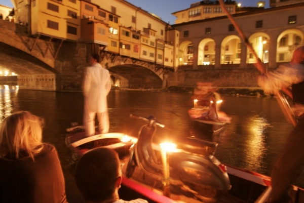 Плавающий театр во Флоренции