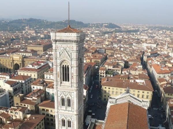 Британца сняли с колокольни во Флоренции