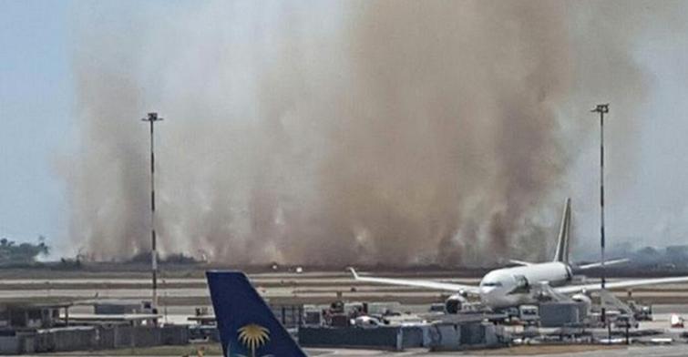 Римский аэропорт прекратил работу из-за пожара