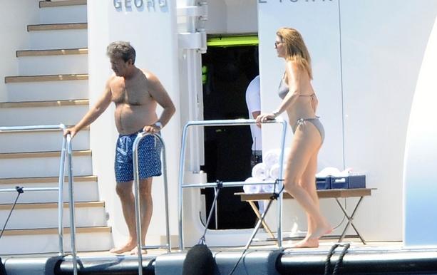Кэтрин Зета-Джонс со своим супругом Майклом Дугласом приехали на отдых в Италию