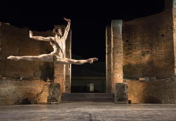 Помпеи. Roberto Bolle. Классический балет на античной сцене Большого театра