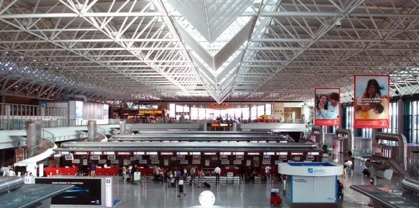 Аэропорт Рима стал позором для Италии