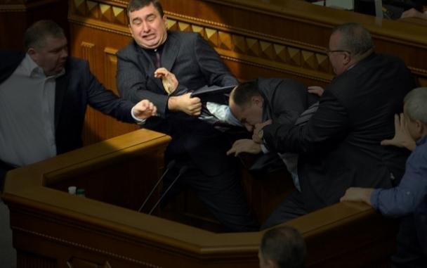 Суд Италии выпустил скандального Маркова под домашний арест