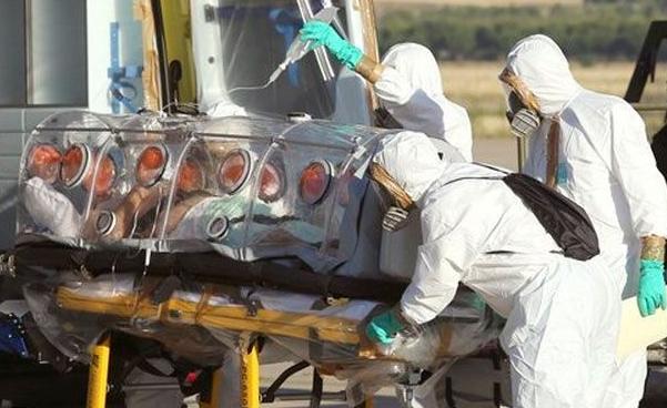 Беженца, у которого врачи заподозрили развитие вируса Эбола, госпитализировали в одну из клиник Турина