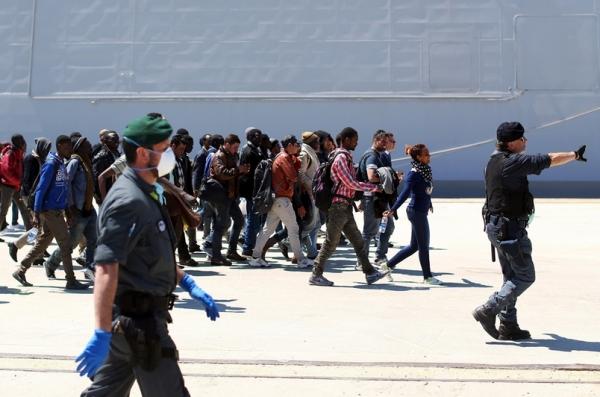 Кампания. Иммигранты-призраки. Приём беженцев становится прибыльным дельцем