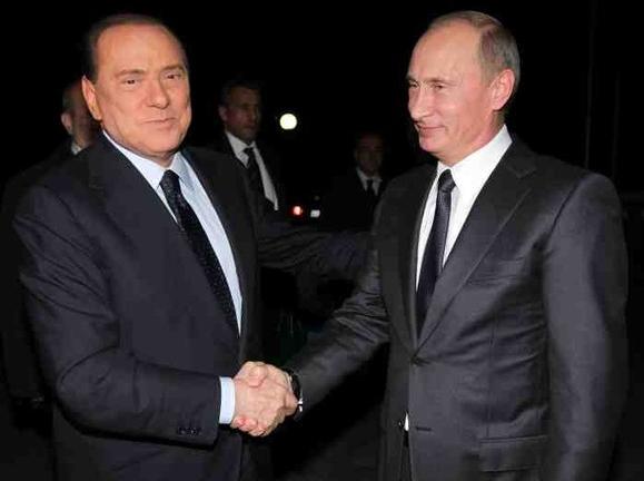 Берлускони опять навестит друга Путина