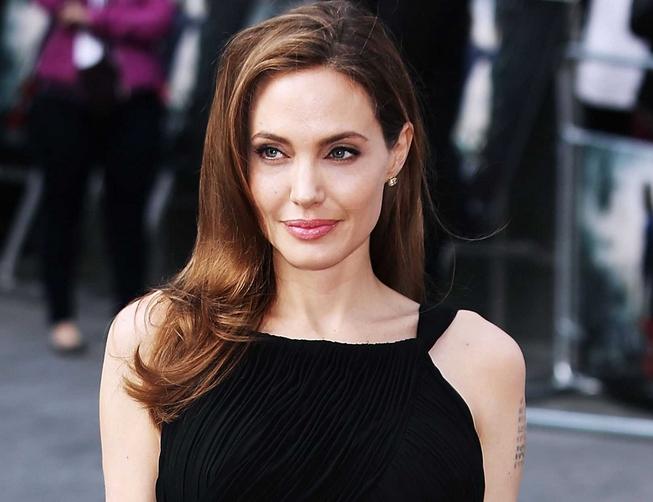 Анджелина Джоли: странный вид актрисы может скрывать опасную болезнь