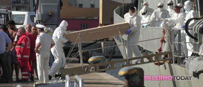 Палермо: арестованы подозреваемые в причастности к гибели 52 мигрантовПалермо: арестованы подозреваемые в причастности к гибели 52 мигрантов