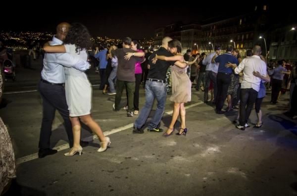 В Неаполе танцуют танго