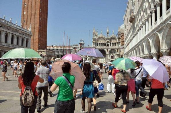 Венеция. Турникеты на улицах и входные билеты на главную площадь