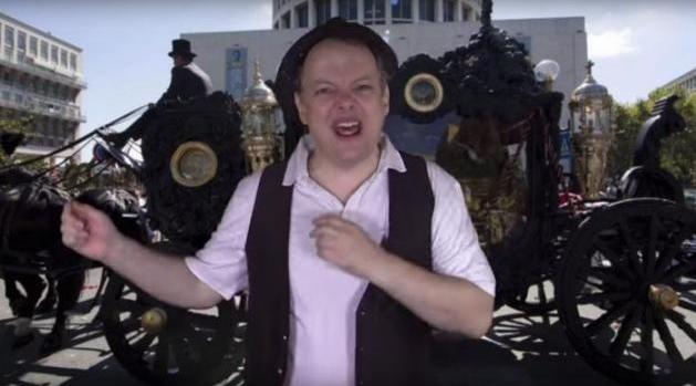 Рим. Ответ-шоу комика Дадо на угрозы мафии: «Je suis Dadò»