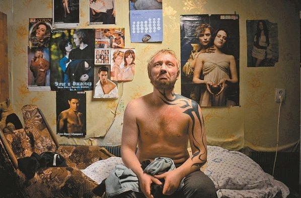 Социальная драма «Дурак» от молодого российского режиссера Юрия Быкова