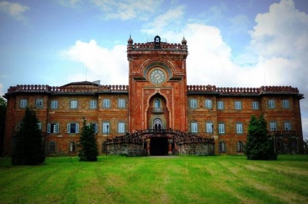Замок из «Тысяча и одной ночи» будет продан в Тоскане