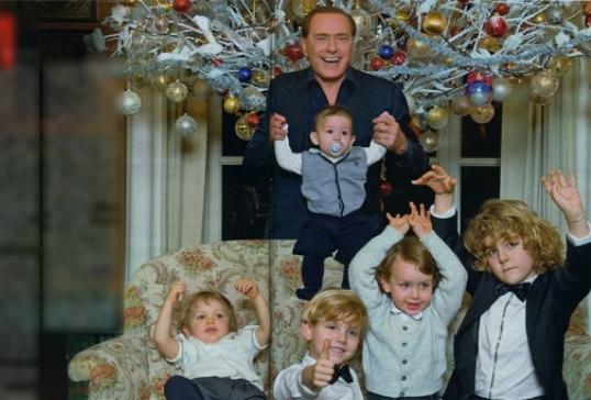 Сильвио Берлускони опять стал дедом