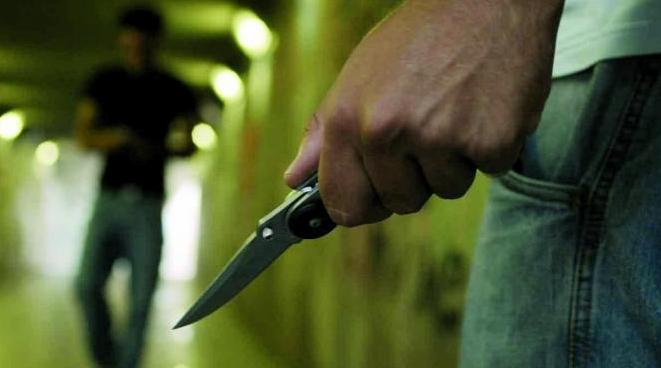 Неаполь. Турист из Японии получил нож в спину