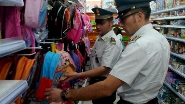 В Неаполе арестованы 41 тысяча поддельных товаров для детей