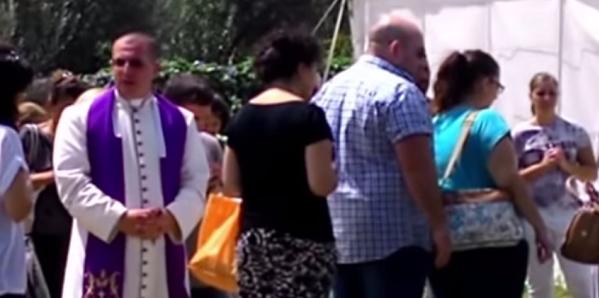 Священник на Сицилии и «святой источник»