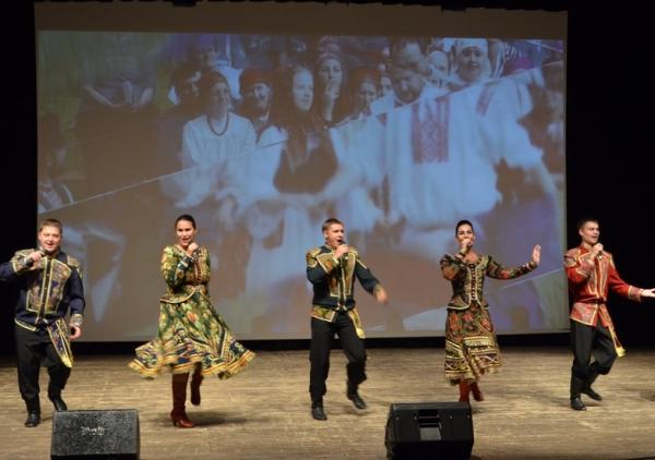 Ансамбль песни и танца «Алтай» приехал в Италию с концертами