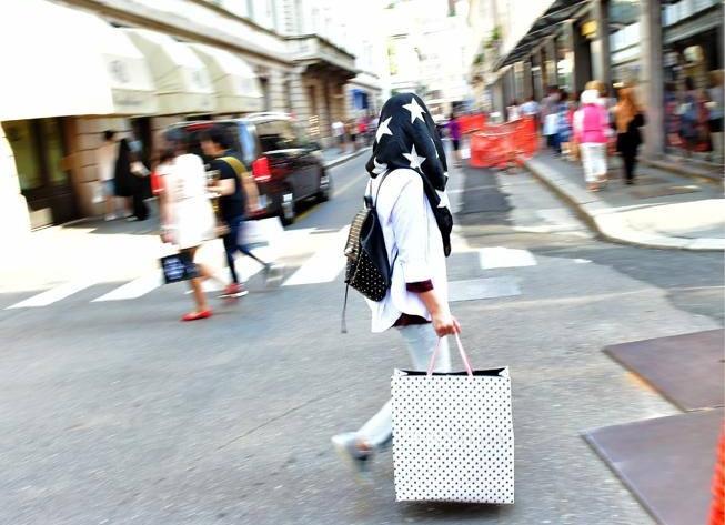 Мусульманские туристы обожают шопинг в Милане