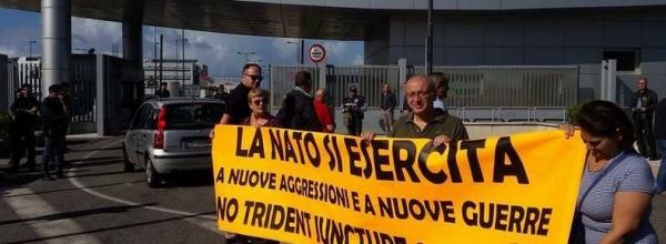 Манифестации против размещения НАТО в Неаполе