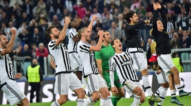 успех «Ювентуса» во втором туре группового турнира Лиги чемпионов