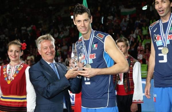 После двух подряд серебряных медалей Евро – шаг на третью ступеньку подиума.