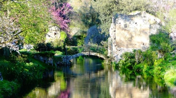 Сад «Нимфа» признан самым красивым парком в Италии
