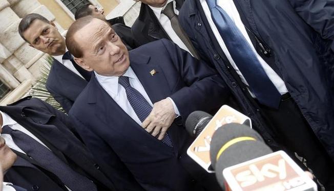 Сильвио Берлускони снова в строю