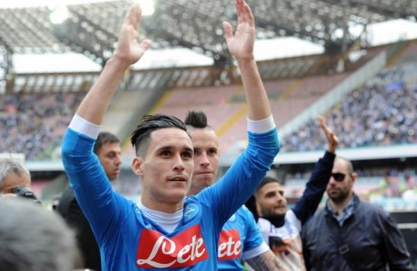 Футбольный «Наполи» побеждает лидера Серии А