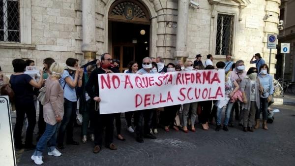 Каждый день Итальянская республика фиксирует примерно 4 страйка